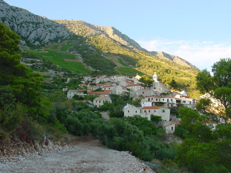immobilien kroatien eine villa auf der insel hvar terra dalmatica immobilien
