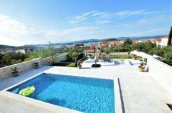 1.murter neue villa mit schwimbad